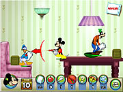 Click to Play Mickey And Friends In Pillow Fight